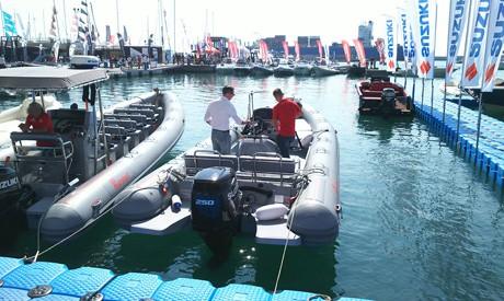 งานแสดงเรือนานาชาติเจนัว 7. เครื่องยนต์เรือ Outboard engine